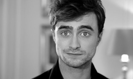 daniel-radcliffe-height-weight-age-body-measurements-1-1000x600.jpg